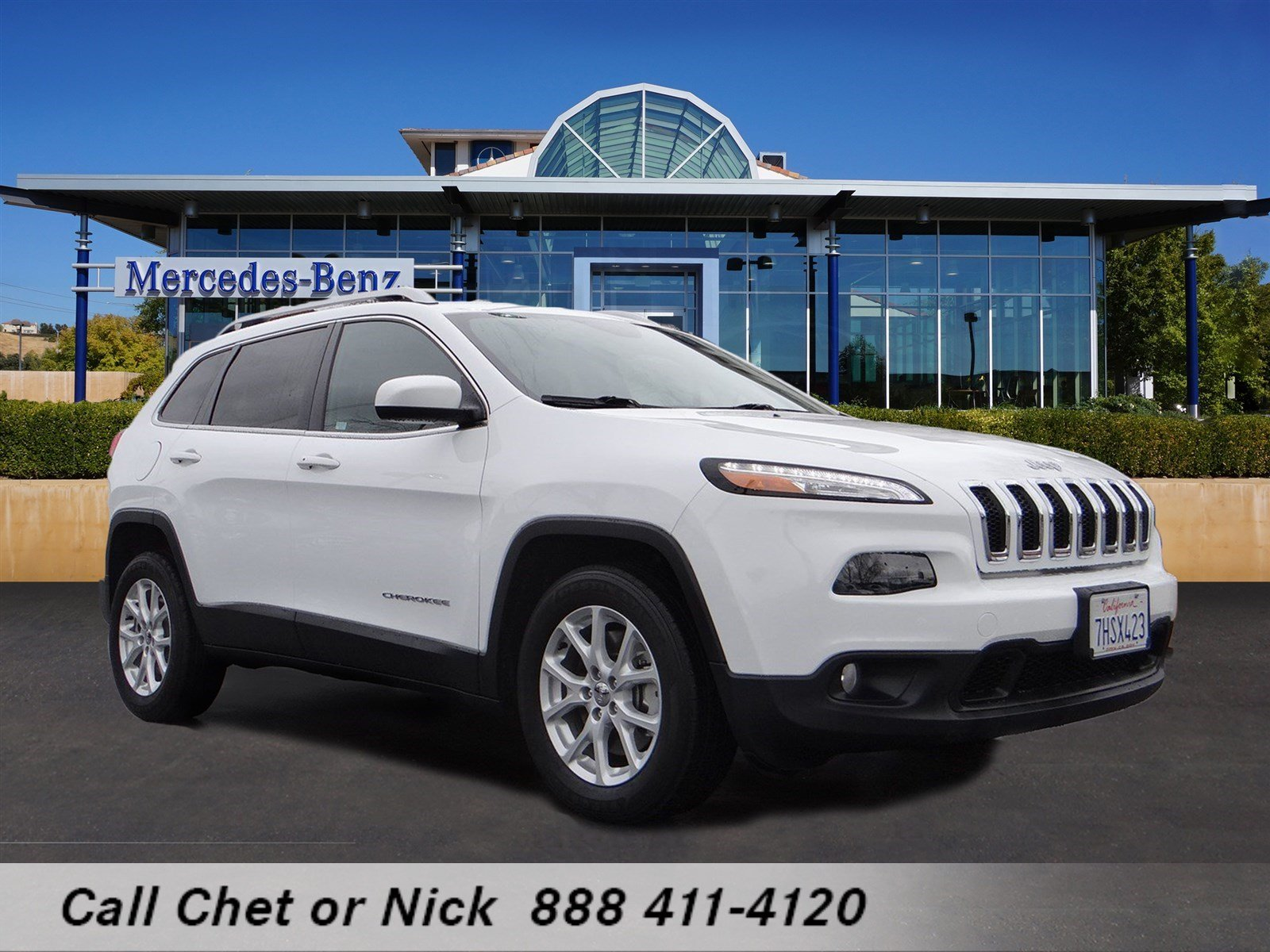 pre owned 2015 jeep cherokee latitude sport utility in el dorado hills r18563 mercedes benz. Black Bedroom Furniture Sets. Home Design Ideas